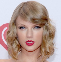 Taylor Swift Makeup Lashes
