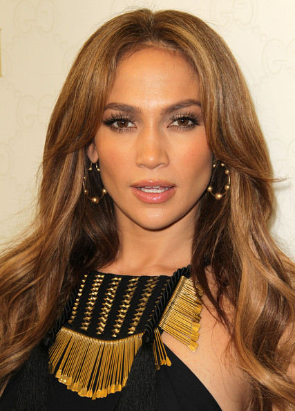 Looking for something to last for a long period of time? J-lo Lashes