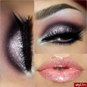 Glitter Eye Makeup Idea for Party