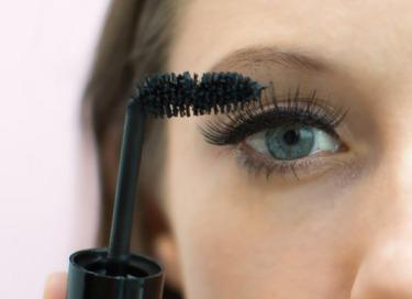 Bend the brush of the mascara wand