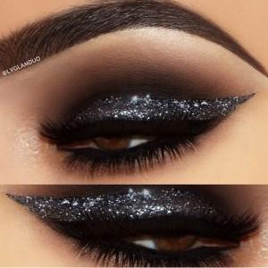 Smoky Black Glitter Eye Makeup Idea