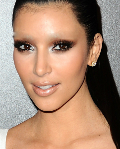 Kim-Kardasian-False-Madame-Madeline-Brows