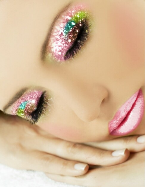 32-glitter-makeup-looks-and-ideas