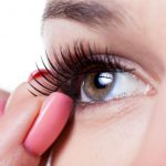 step by step apply false eyelashes