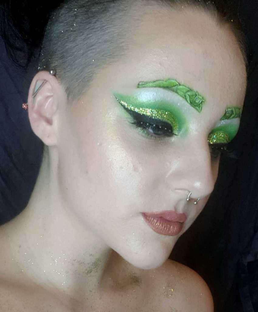 Shrek Eyebrows lol