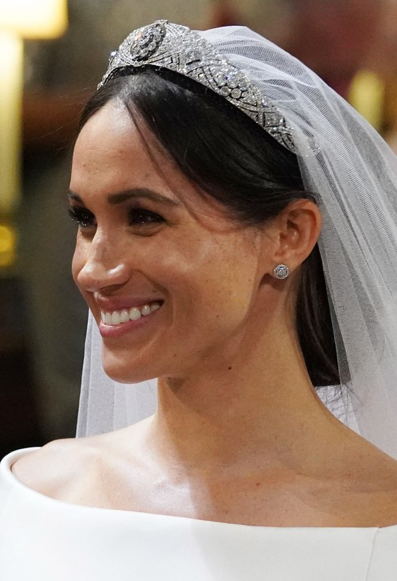 Meghan Markle Wearing a Soft Pink Color On Her Lips