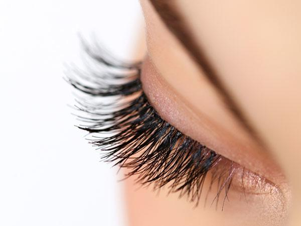 tips to take care of false eyelashes