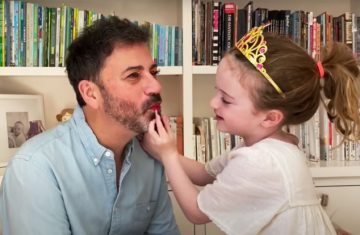 Jimmy-Kimmel-Daughter-Does-His-Makeup-Lips-False-Lashes