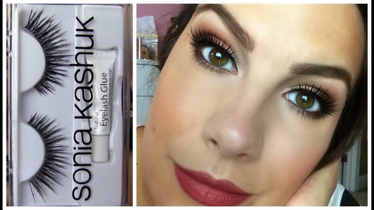 Eyelash glue / Woman posing with makeup + false eyelashes